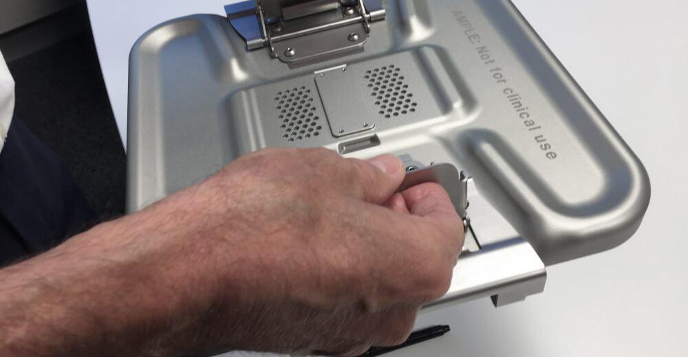 Aesculap Sterilgutcontainer System, User-centered Medical Design, Detail, Innovation Support, Ergonomie